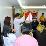 The actual blessing of the Office of the Vice-Governor by Rev. Fr. Jason Peniguiton